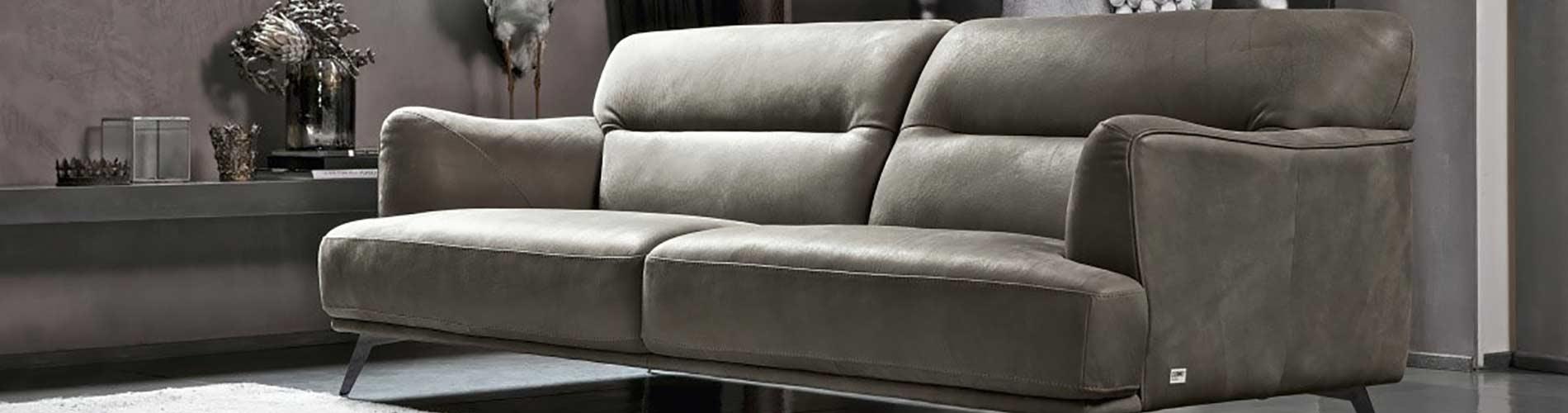 Divani Più divani e arredamento di interni